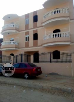 شقة سوبر لوكس للبيع او للبدل بمدينة بدر