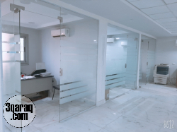 مقر ادارى للايجار 800م رخصه ادارى فى شيراتون المطار على شارع رئيسي موقع مميز جدا